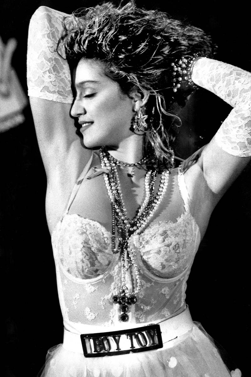 madonna like a virgin mtv awards 1984